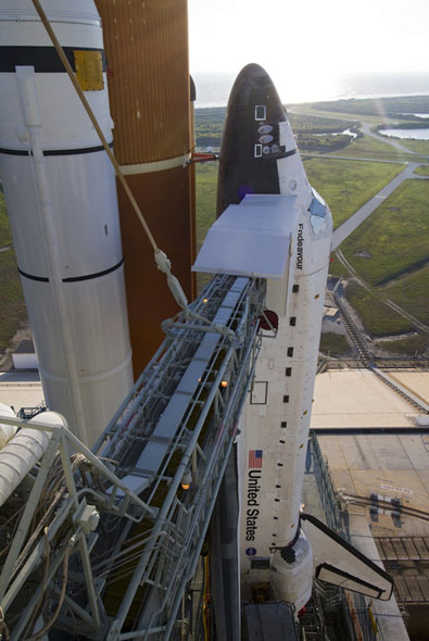Space shuttle Endeavour's final path to the pad