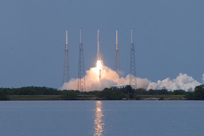Inaugural SpaceX Falcon 9 soars into orbit