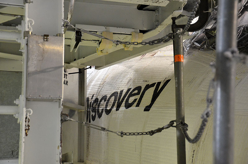 Touring Smithsonian-bound space shuttle Discovery