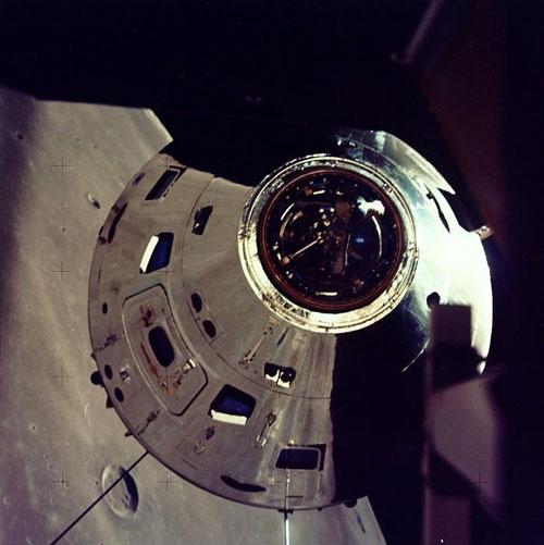 Apollo command modules: Kapton, outer color - collectSPACE ...