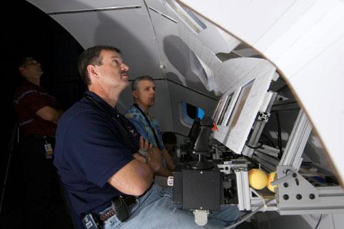 orion spacecraft cockpit - photo #22