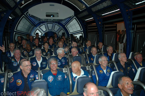 KSC Visitor Complex: Shuttle Launch Experience ...