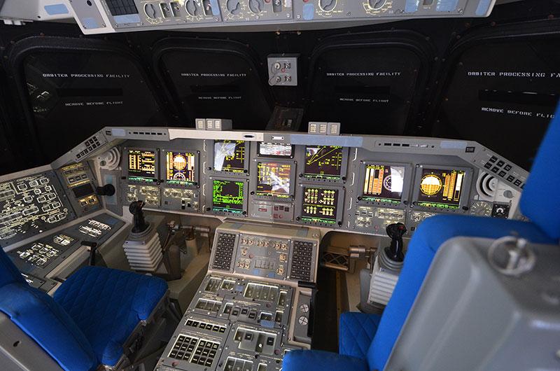 space shuttle original cockpit - photo #4
