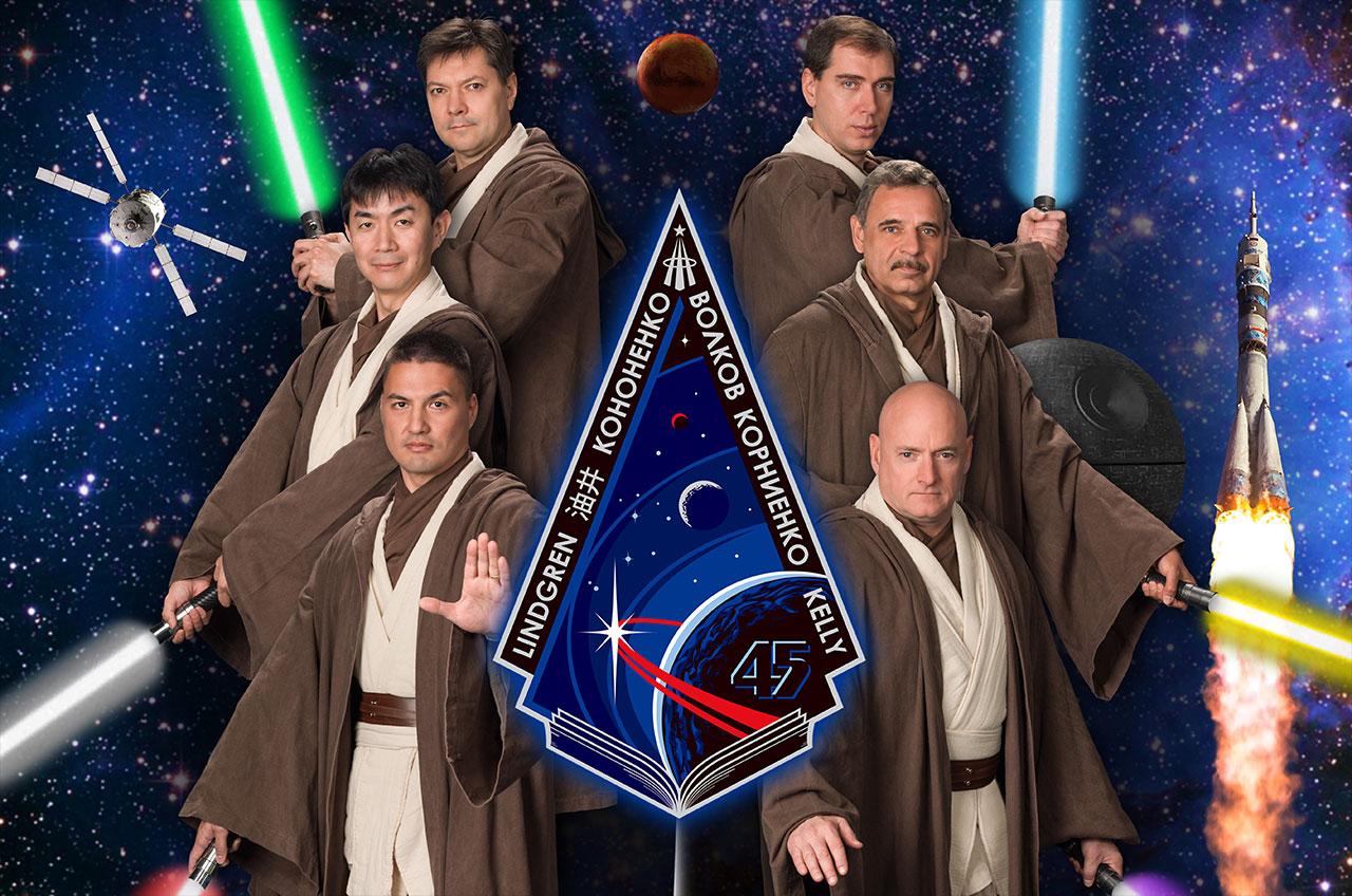 spacecraft crew - photo #44