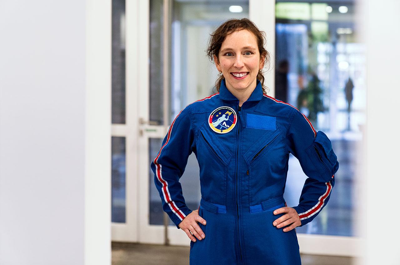 1st woman astronaut - photo #36