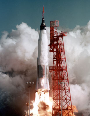friendship 7 spacecraft take off - photo #41