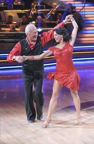 """collectSPACE - news - """"Buzz Aldrin moonwalks for 'Dancing ..."""