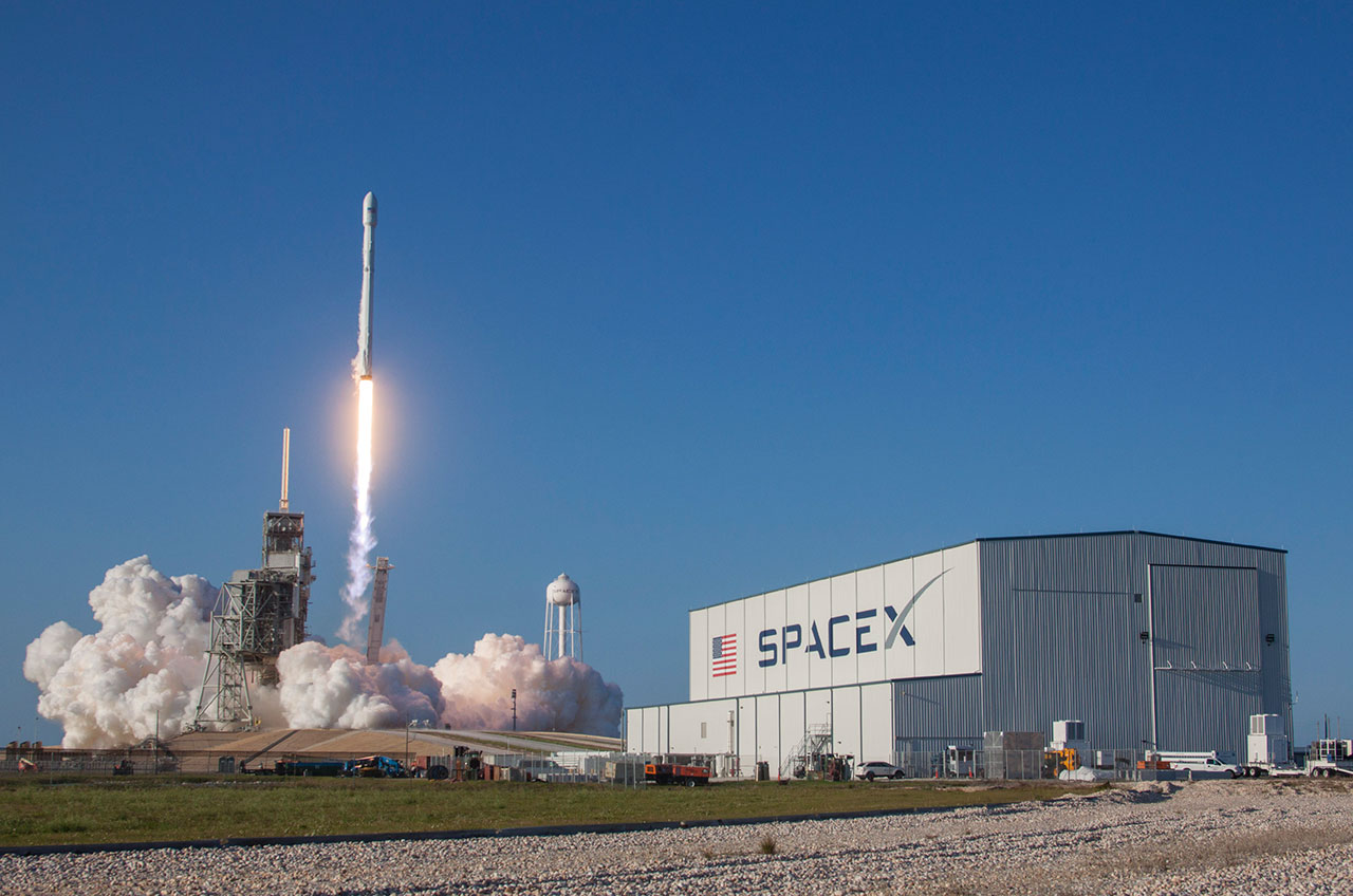 448544e4feb07a Historic first SpaceX re-flown rocket stage to be gift to the Cape ...