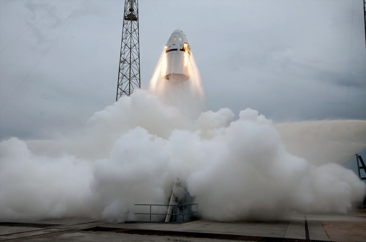 spacex crew dragon pad abort test flight demos launch escape system