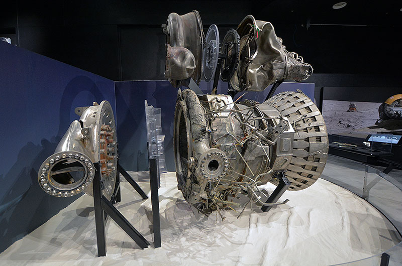 'Apollo' exhibit: Jeff Bezos' recovered rocket engines debut in Seattle | collectSPACE