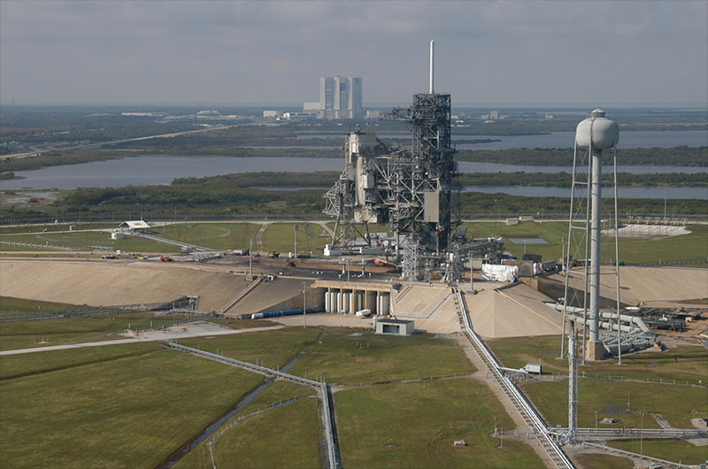 SpaceX to lease historic NASA launch pad | collectSPACE