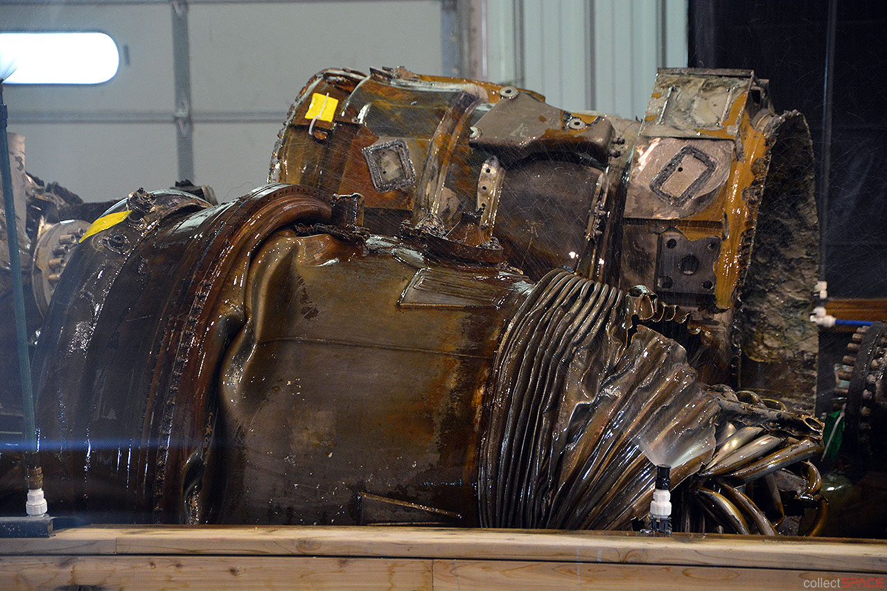 Photos First Look At Amazon Ceo S Historic Moon Rocket Engines Collectspace