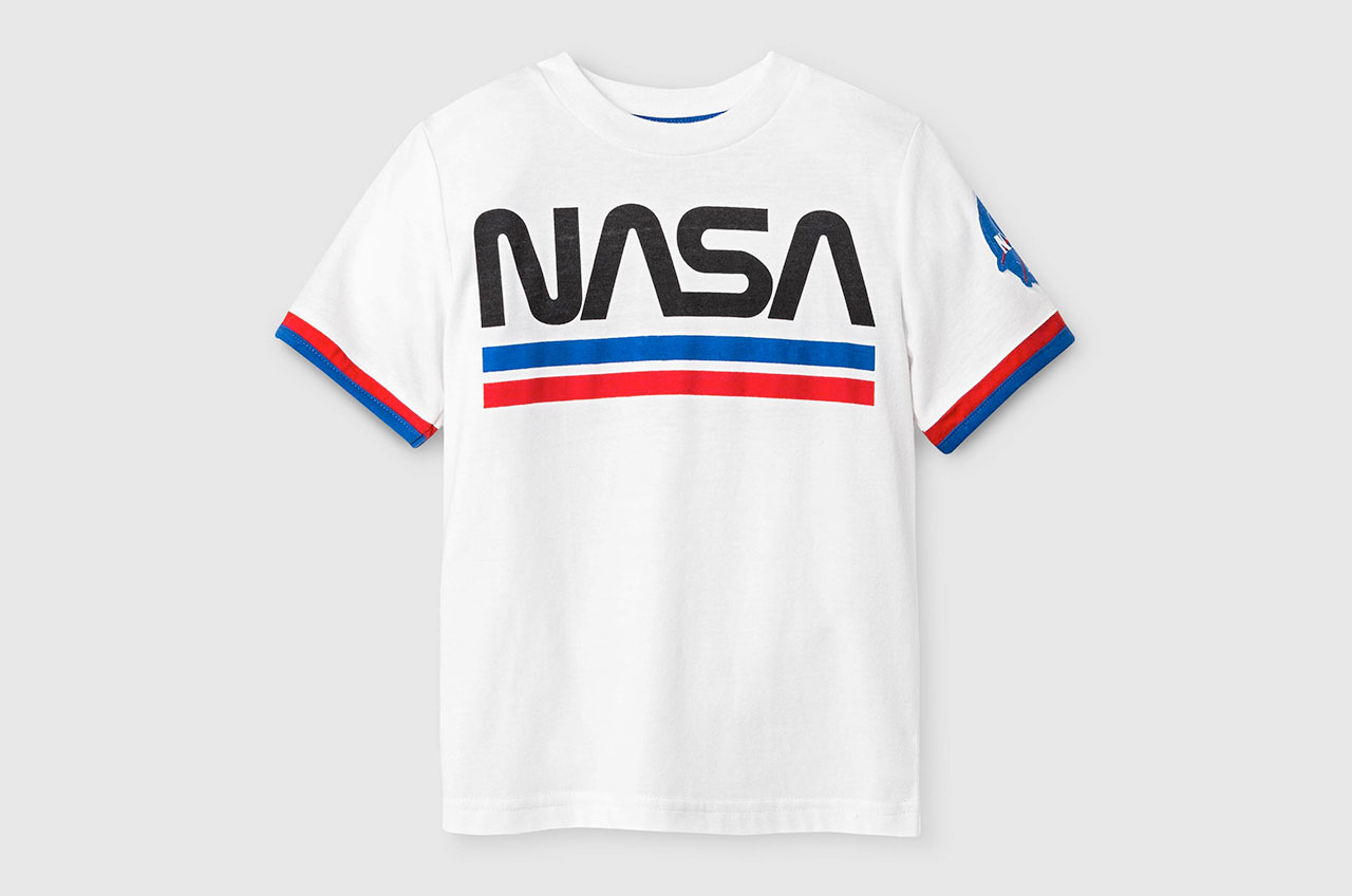 NASA re-embraces the 'worm,' its retro cool retired logo ...