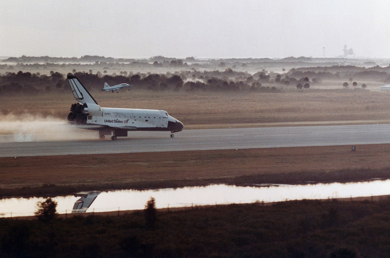 space shuttle start and landing - photo #43