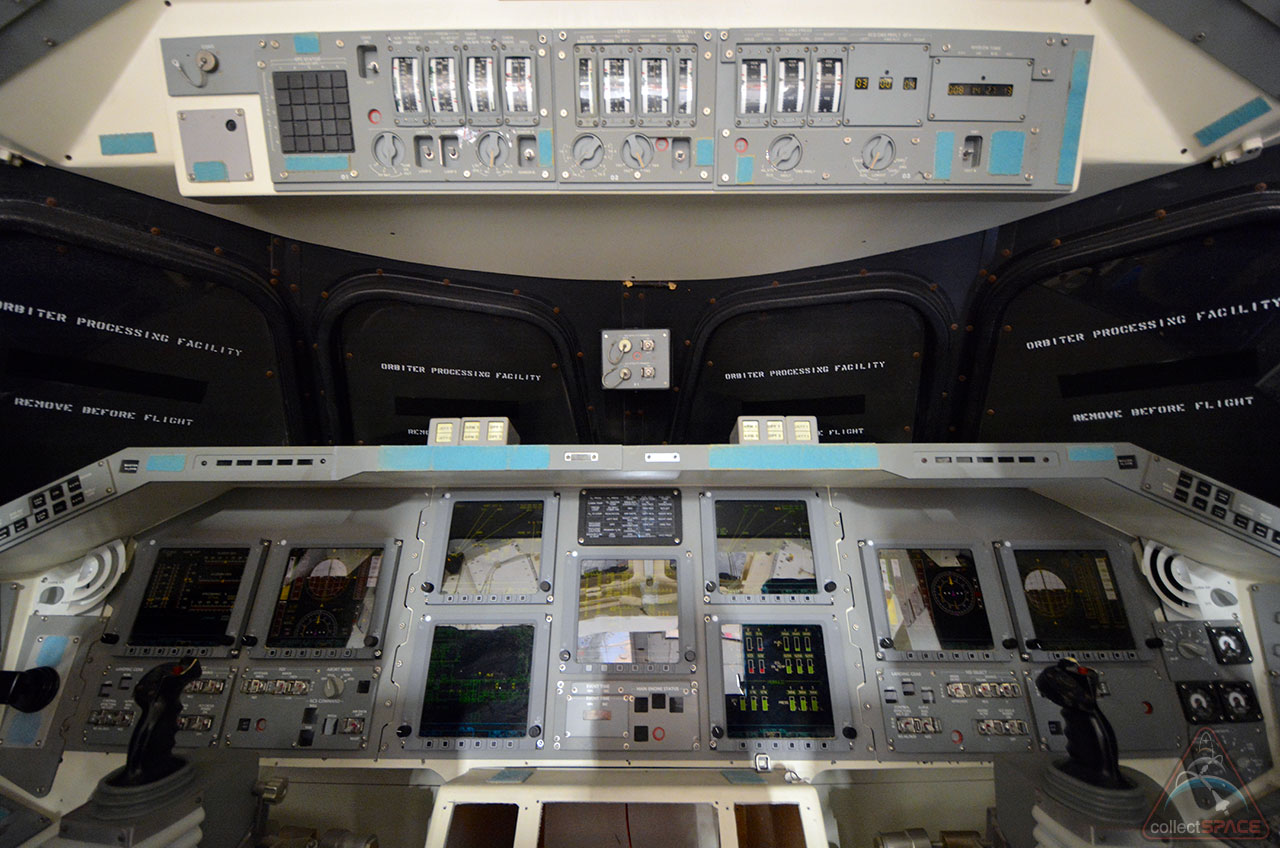 [Photos] Inside Independence: Houston's space shuttle ...