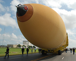space shuttle white fuel tank - photo #16