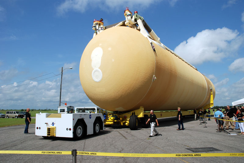 Final shuttle fuel tank to fly rolls out from Michoud