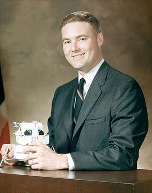 Collectspace News Quot John S Bull Former Nasa Astronaut