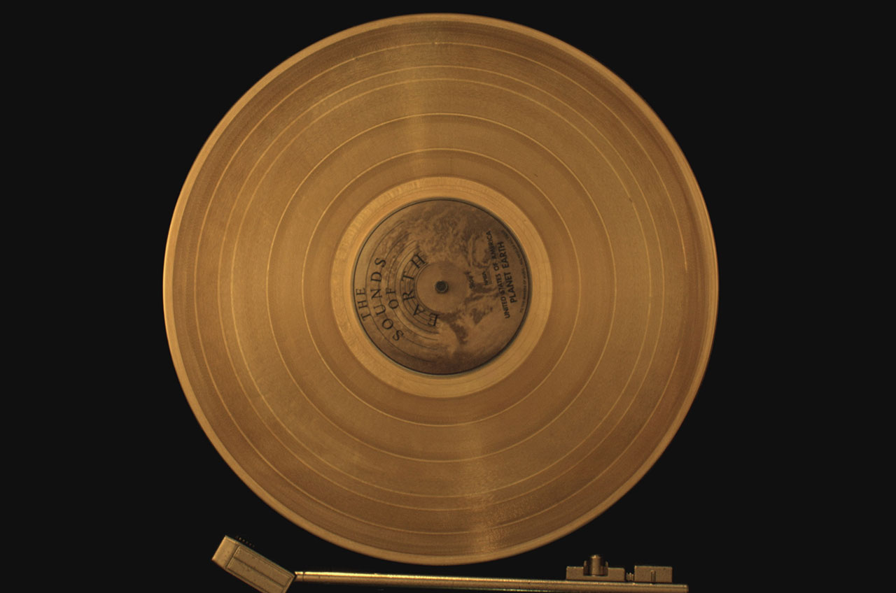 Nasas voyager probes 40 years out are brought near in the the golden record mounted to each voyager conveys greetings music and images from the people of earth pbs m4hsunfo