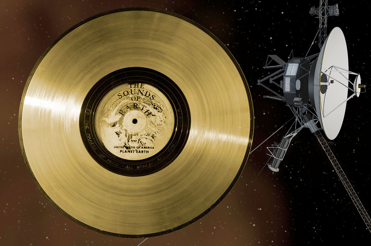 40 Years Out Nasa S Twin Voyager Probes Inspire Golden
