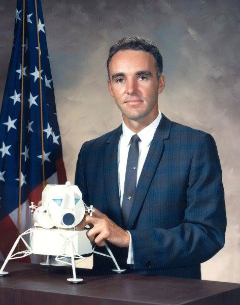Duane 'Doc' Graveline, scientist-astronaut who resigned from NASA, dies at 85 | collectSPACE