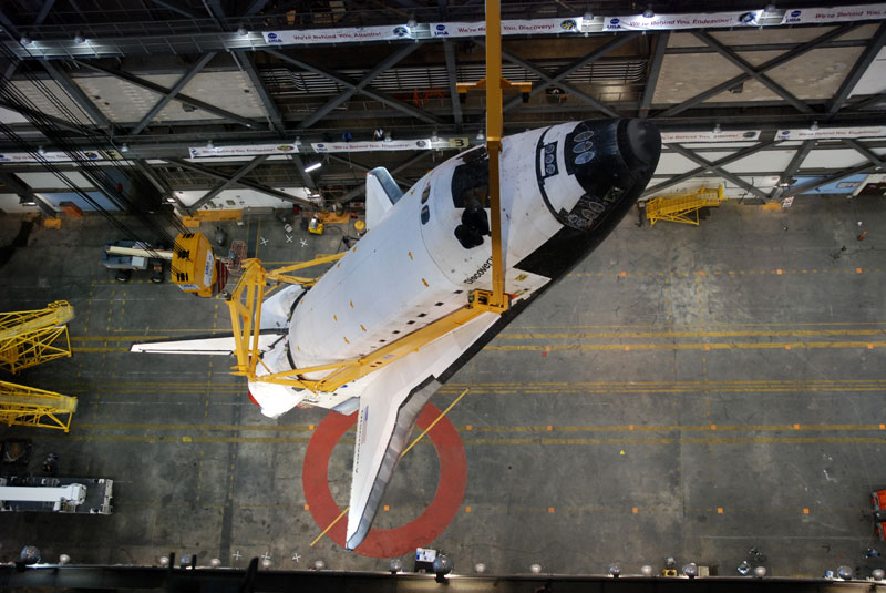 Shuttle Discovery mated with its final boosters and tank