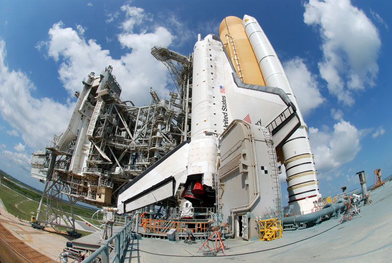 On the launch pad with space shuttle Discovery
