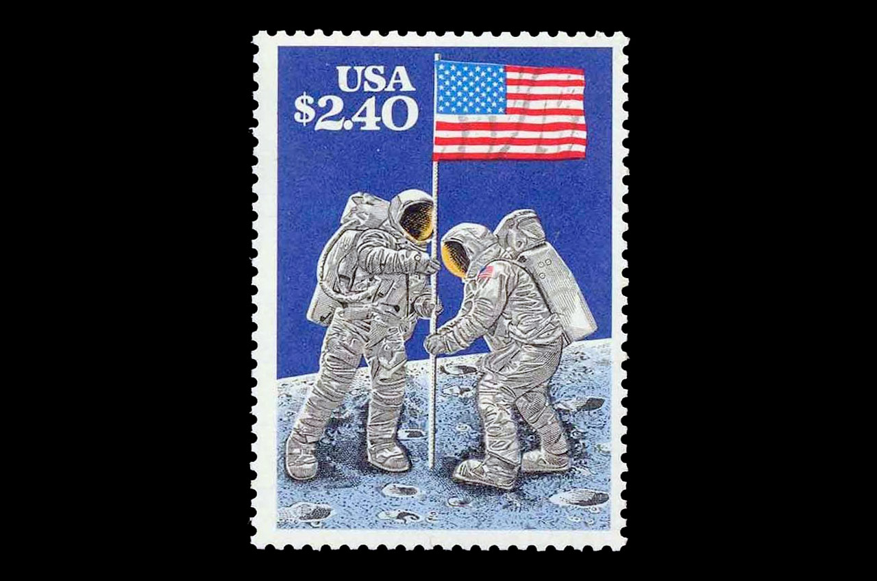 the first space shuttle on moon stamp - photo #16
