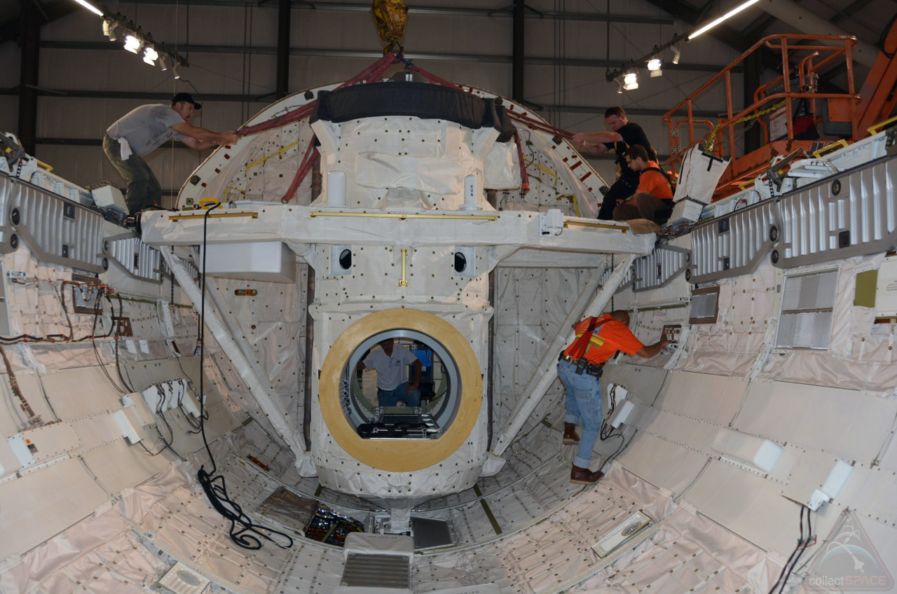 space shuttle payload bay doors - photo #35