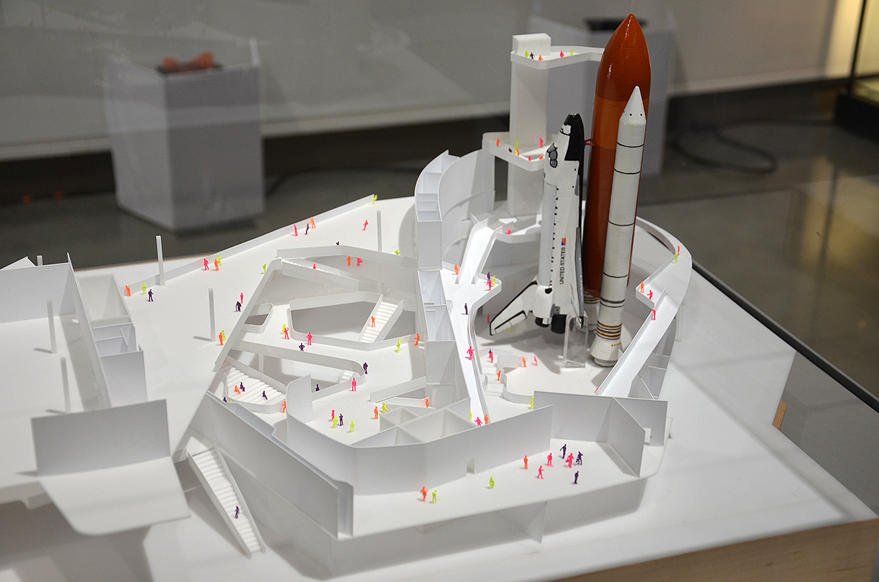 NASAs last space shuttle external tank to complete Endeavour LA