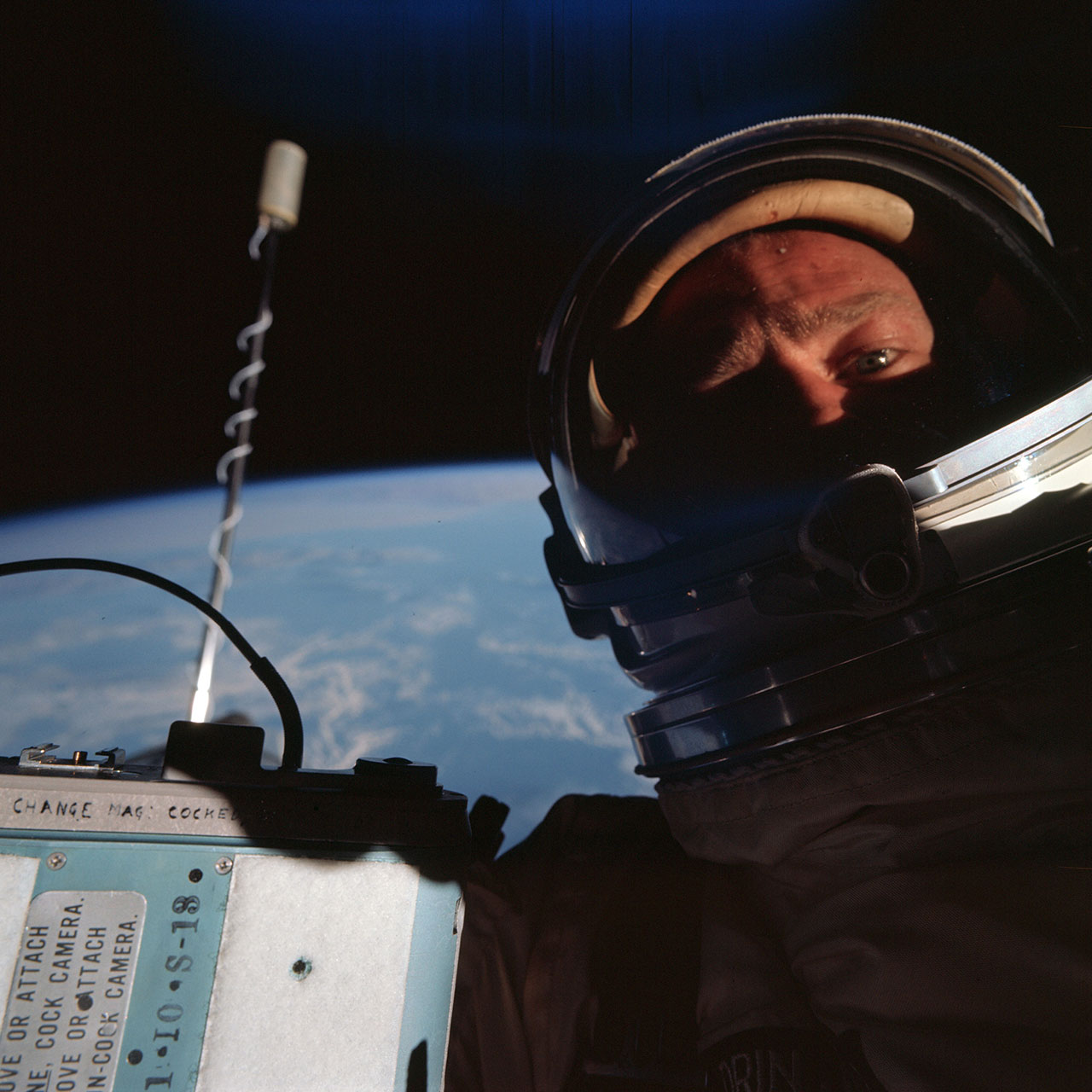 Buzz Aldrin debuts 'First Selfie in Space' t-shirt for ...