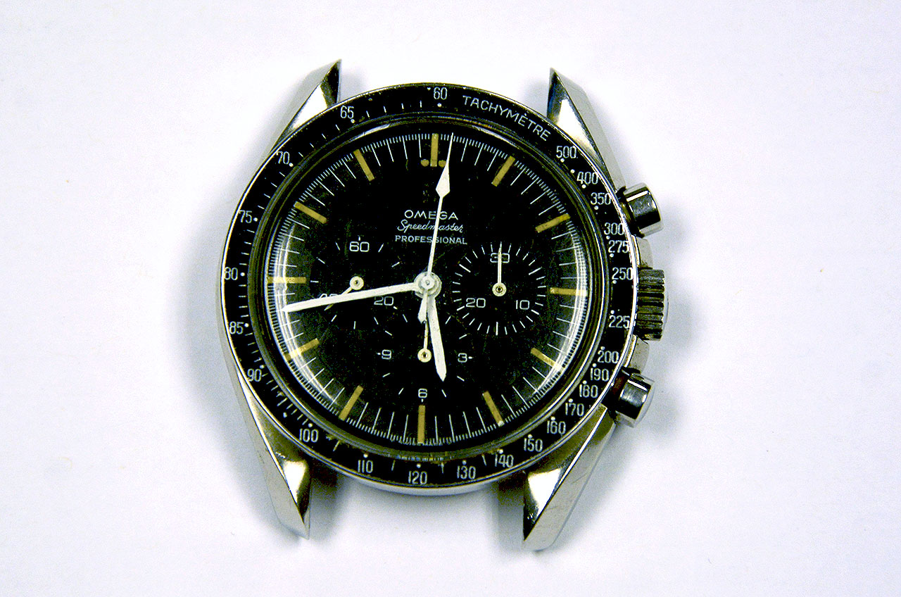 Apollo astronaut watch stolen in ecuador recovered 30 years later exclusive collectspace for Astronaut watches