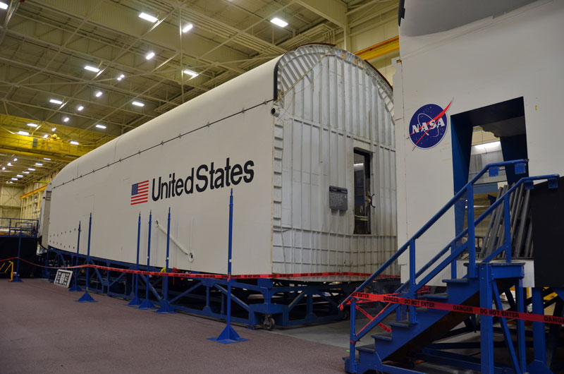 Seattle-bound space shuttle sim segmented for shipping