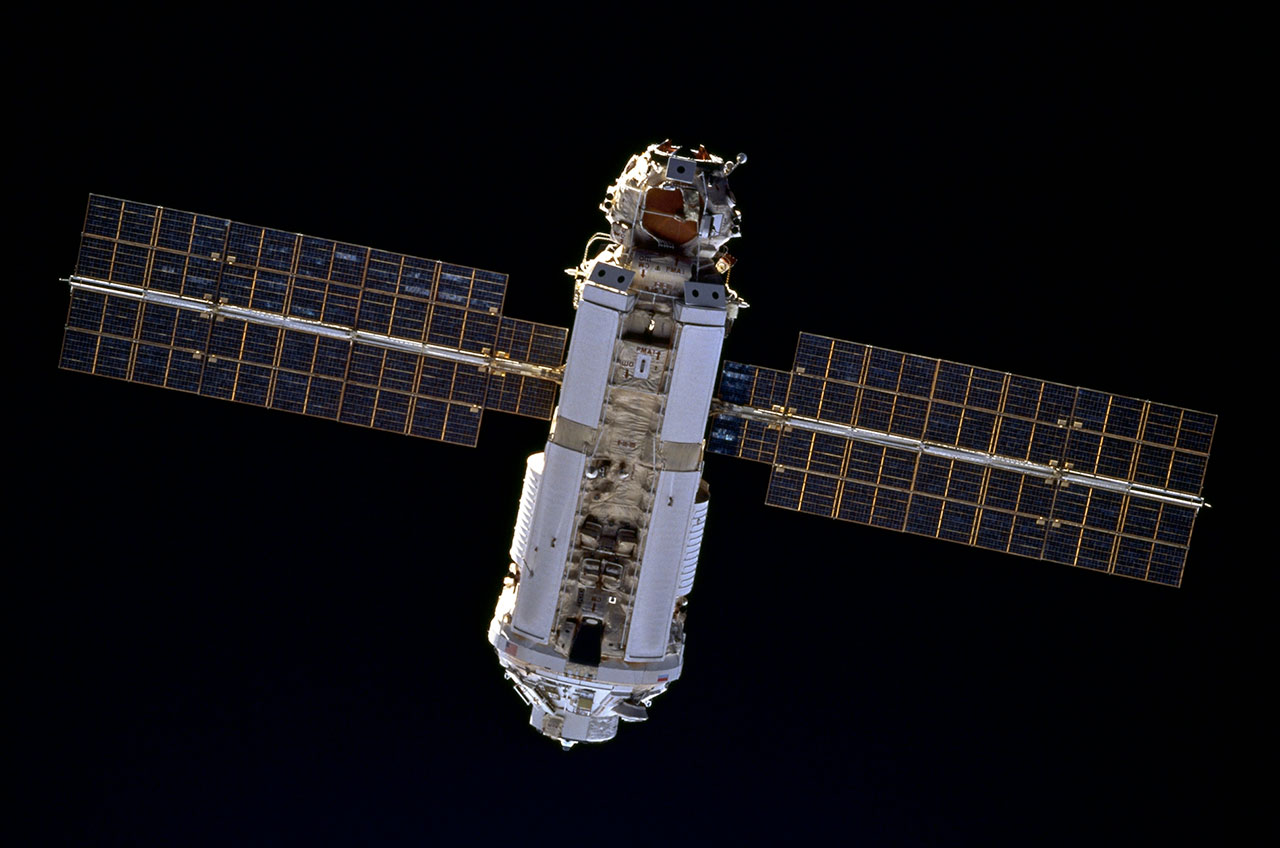 International Space Station: 15 facts for 15 years in ...