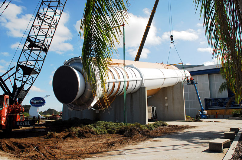 NASA's Fla. visitor center clearing way for Atlantis arrival