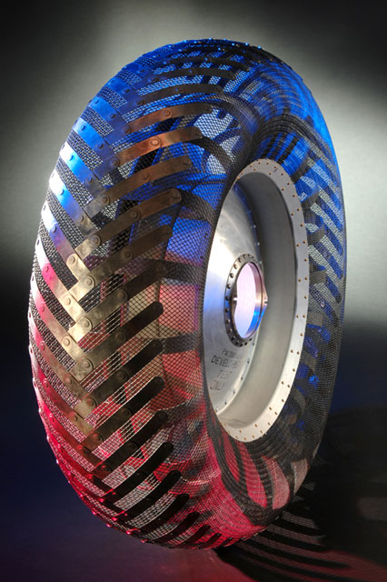 Performance Wheel And Tire >> NASA, Goodyear replicate lunar rover tire | collectSPACE