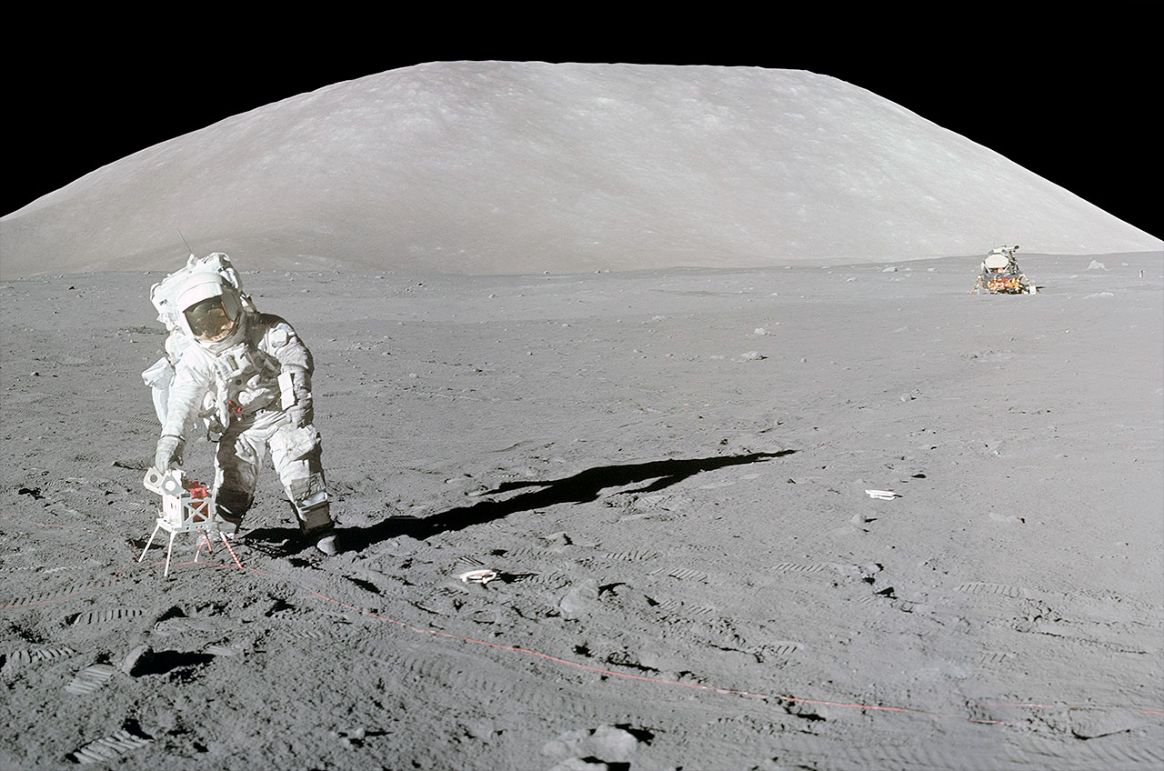 Apollo 17 astronaut begins releasing diary 45 years after ...