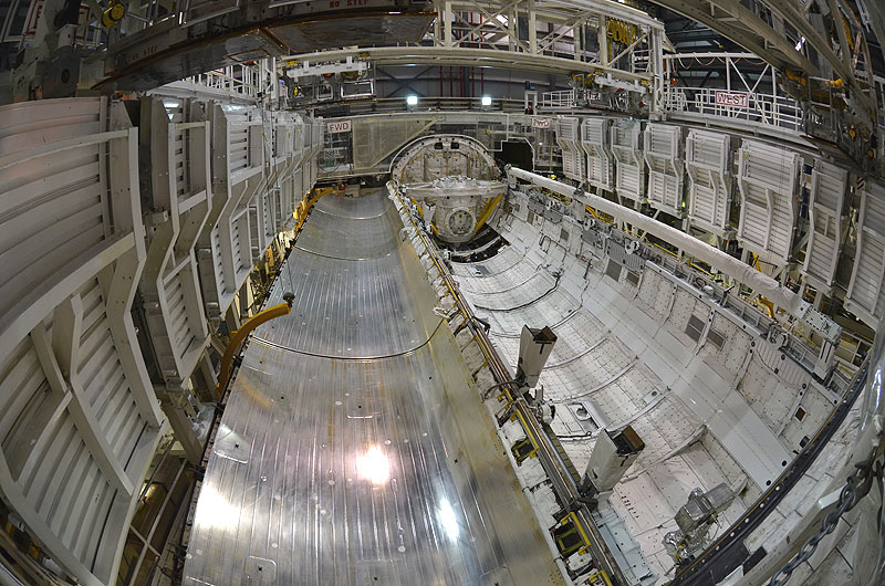 NASA shuts doors, pulls plug on shuttle Discovery