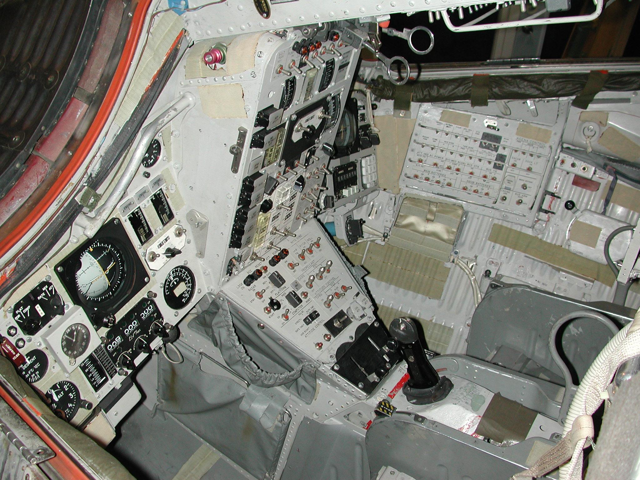 gemini spacecraft cockpit - photo #23