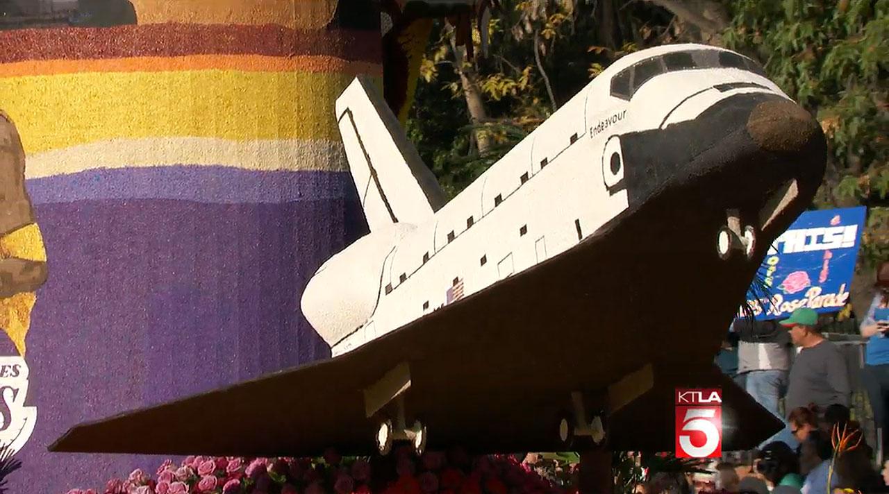 1/1: 2014 Rose Parade: Endeavour on L.A. float ...