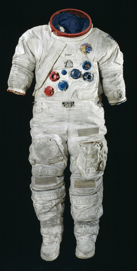 space suit bending - photo #2