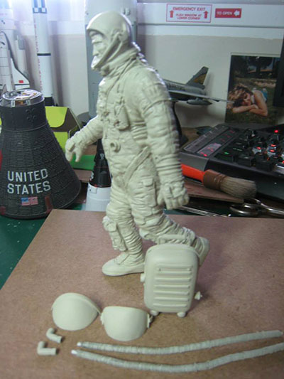astronaut in space model - photo #26