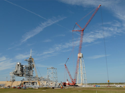 Today, a NASA webcam pointed at Pad 39B appears to show that one of the ...