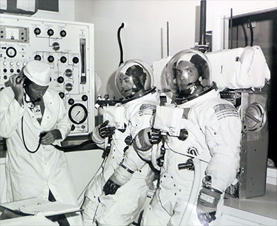 apollo spacecraft communications - photo #10