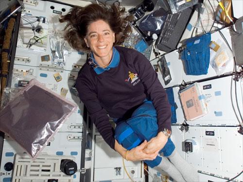 space shuttle challenger barbara morgan - photo #13