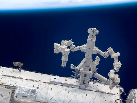 iss special purpose dexterous manipulator collectspace messagesmore recently during the sts 127 mission in july, spacewalkers secured multi layer insulation around dextre that had come loose