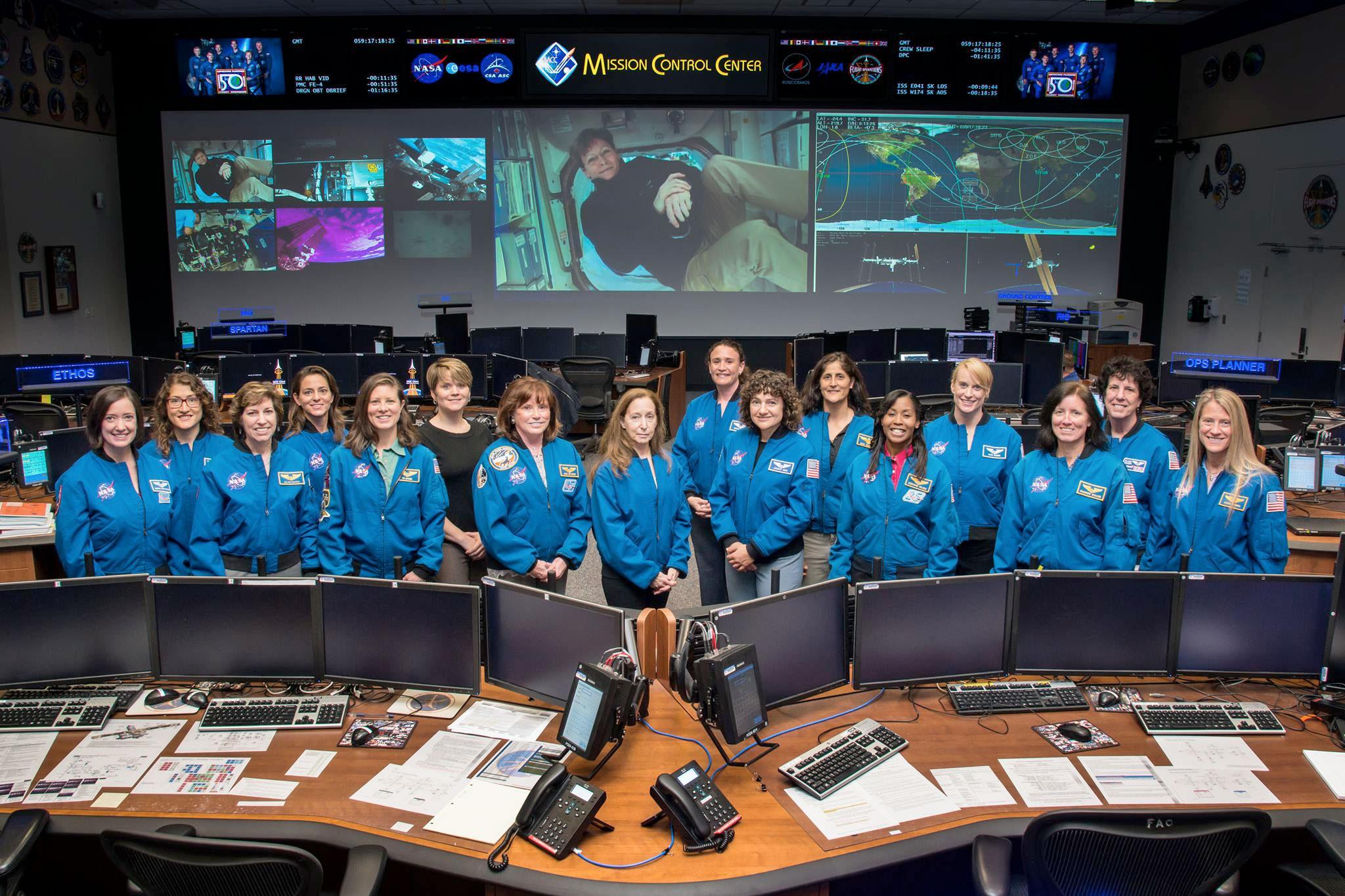 tx women astronauts - photo #32
