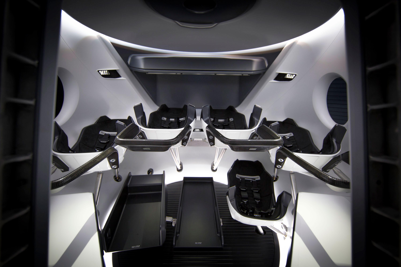 SpaceX Dragon crew spacecraft interior design ...