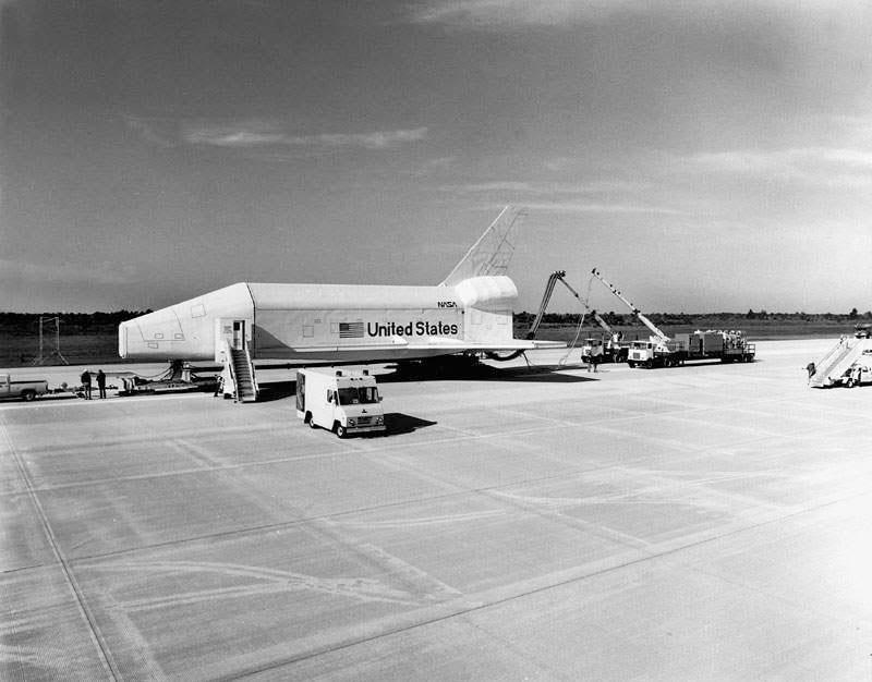 U S  Space & Rocket Center: Shuttle Pathfinder